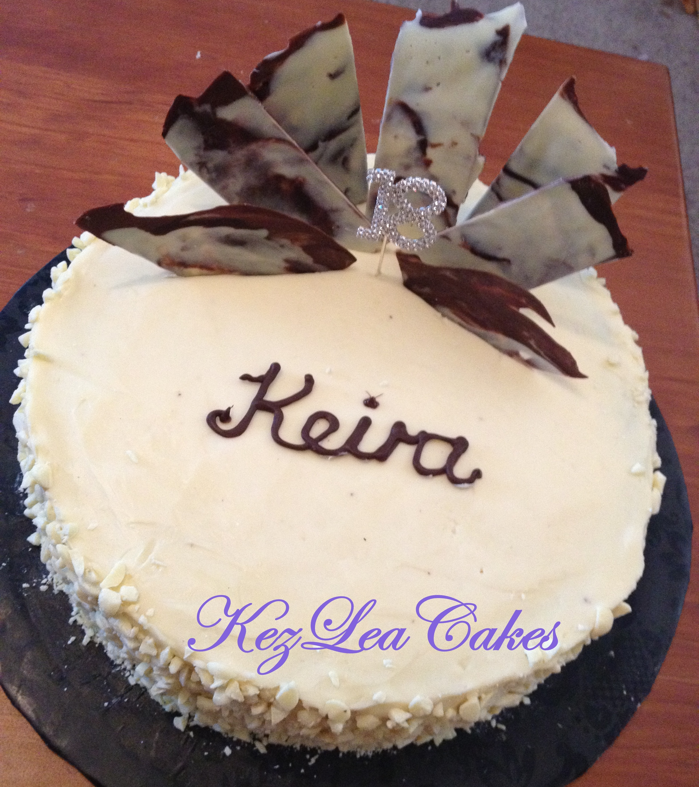 Mud Cake with White Chocolate Ganache and Chocolate Shards Kez Lea